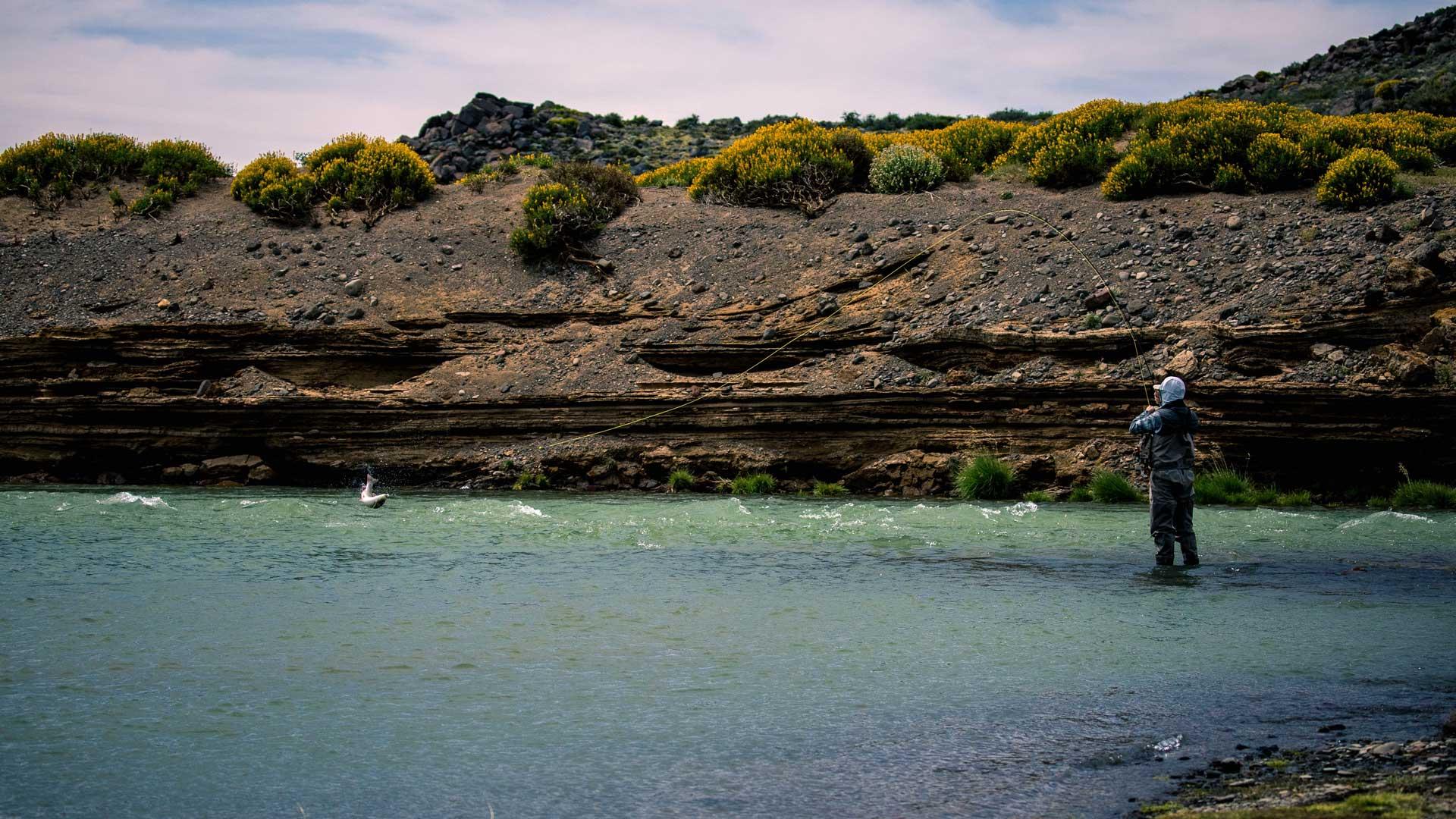 jurassic-lake-patagonia-05