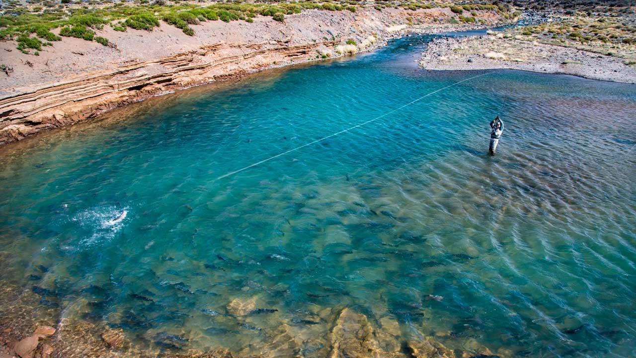 jurassic-lake-patagonia-06