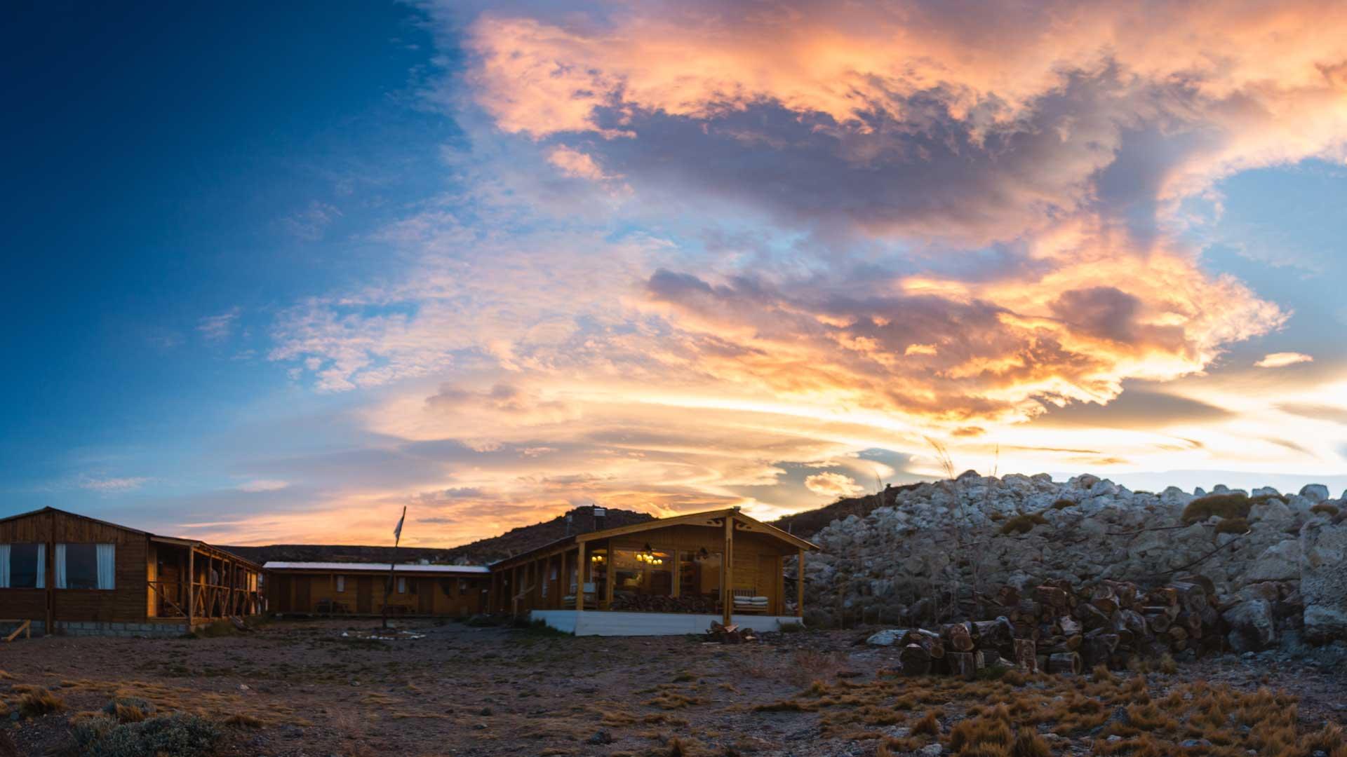 jurassic-lake-patagonia-10